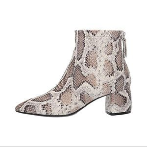 NEW $498 AGL Snakeskin Ankle Boots / Booties